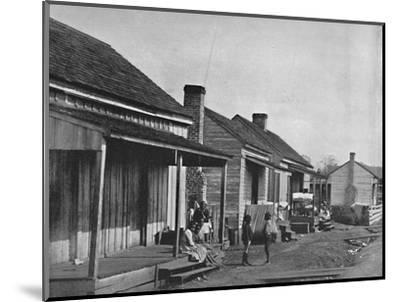 Quarters at Thomasville in Georgia', 19th century-Unknown-Mounted Photographic Print