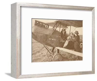 'By Air to the Golf Links in a Little 27-60 HP 'Moth' Light 'Plane', 1927-Unknown-Framed Photographic Print