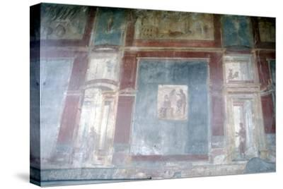 Wall painting from Pompeii, c1st century-Unknown-Stretched Canvas Print