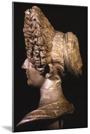 Head of Roman Lady of Flavian Period, late 1st century-Unknown-Mounted Giclee Print
