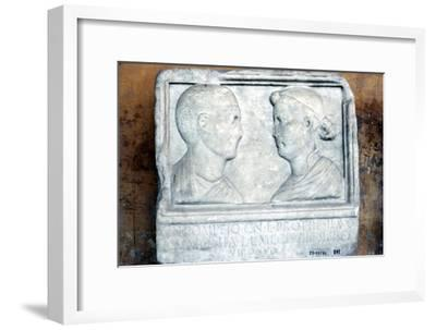 Roman tombstone, husband and wife face-to-face-Unknown-Framed Giclee Print
