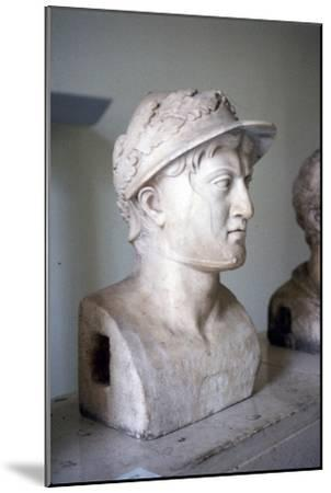 Marble bust of Greek general and statesman Pyrrhus of Epirus, c319BC-272 BC-Unknown-Mounted Giclee Print