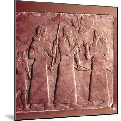 Assyrian Relief, Ashurnasirpal II with attendants, 9th century BC-Unknown-Mounted Giclee Print