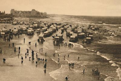 'General View of the Strand at Bath-time', c1928-Unknown-Framed Photographic Print
