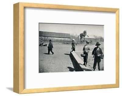 'The Indians Object to Photography', 1911-Unknown-Framed Photographic Print