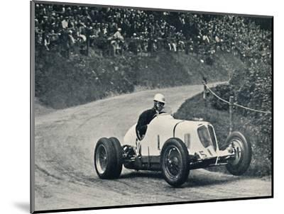'Whitney Straight (Maserati) breaks the record, 1934', 1934, (1937)-Unknown-Mounted Photographic Print
