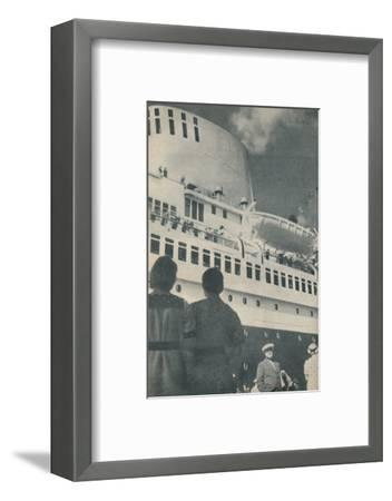 'Universal admiration was accorded to the fine performance of the Bremen', 1936-Unknown-Framed Photographic Print