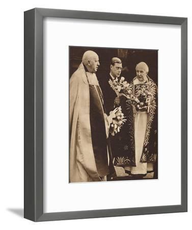 'Maundy Money Gifts', 1936 (1937)-Unknown-Framed Photographic Print