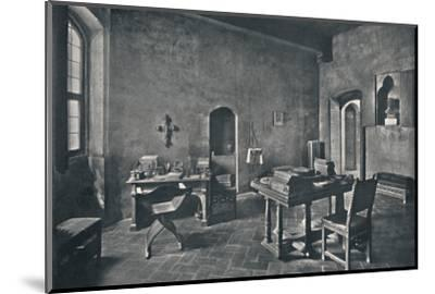 'Interior, Palazzo Davanzati', 1928-Unknown-Mounted Photographic Print
