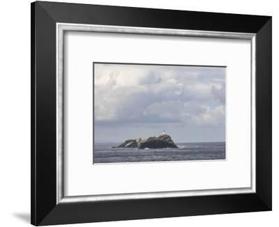 Great Britain, Scotland, Shetland, Unst, Out Stack, lighthouse-olbor-Framed Photographic Print