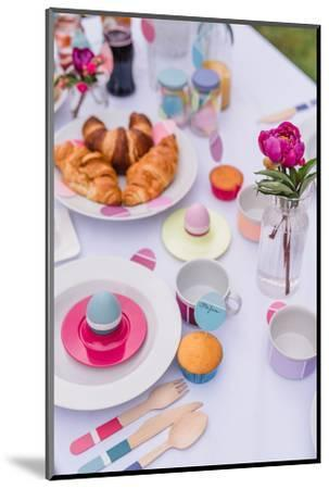 Garden table, covered, Easter breakfast, detail,-mauritius images-Mounted Photographic Print