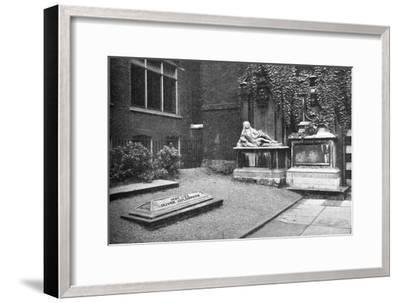 'Goldsmith's Monument in the Temple', 1907-Unknown-Framed Giclee Print