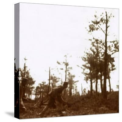 Soldiers running on the battlefield, c1914-c1918-Unknown-Stretched Canvas Print