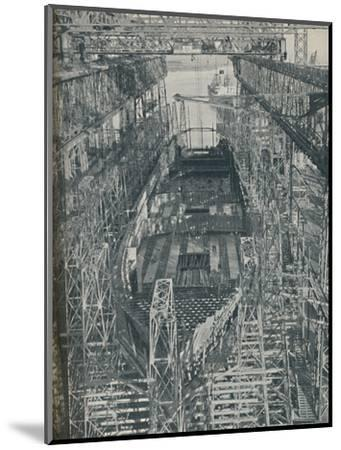 'A Nest of Steel. Cunard White Star liner Georgic in construction, 1927-1929, (1936)-Unknown-Mounted Photographic Print