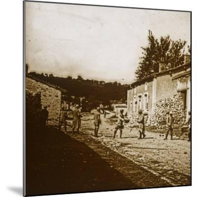 Building defences, c1914-c1918-Unknown-Mounted Photographic Print