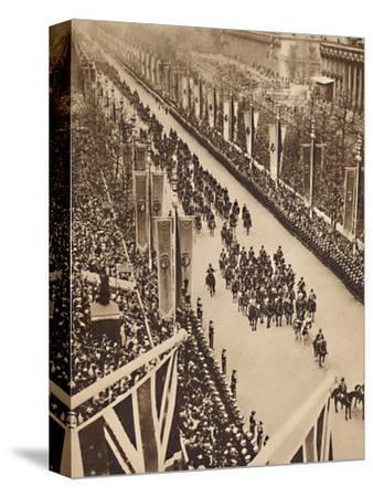 'Swinging Down the Mall', May 12 1937-Unknown-Stretched Canvas Print