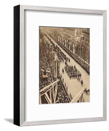 'Swinging Down the Mall', May 12 1937-Unknown-Framed Photographic Print