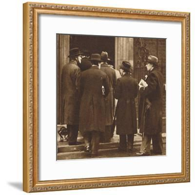 'Newspaper men at No. 10', Dec 1936 (1937)-Unknown-Framed Photographic Print