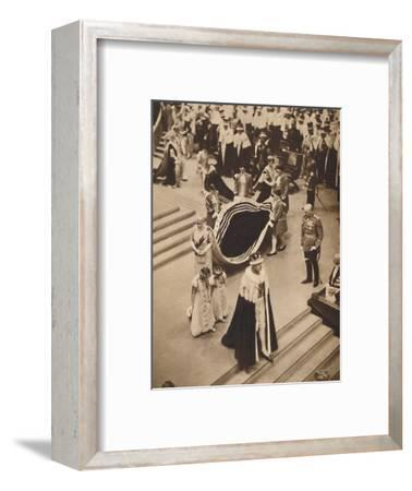 'Queen Mary Leaves', May 12 1937-Unknown-Framed Photographic Print