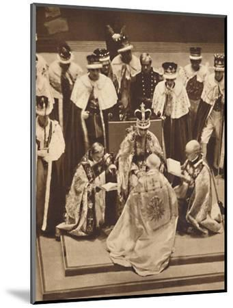'Primate Kneels at the King's Knees', May 12 1937-Unknown-Mounted Photographic Print