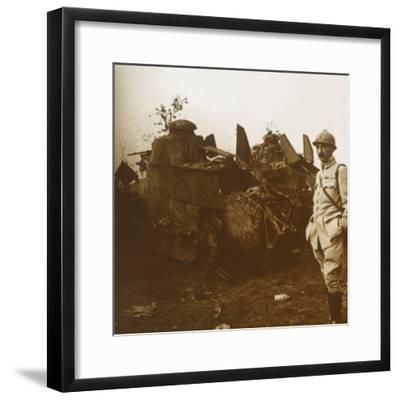 Renault tank, c1914-c1918-Unknown-Framed Photographic Print
