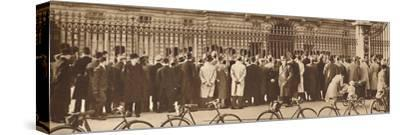 'Changing of the Guard, Buckingham Palace, December 4th', 1936 (1937)-Unknown-Stretched Canvas Print