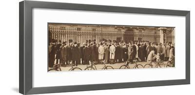 'Changing of the Guard, Buckingham Palace, December 4th', 1936 (1937)-Unknown-Framed Photographic Print