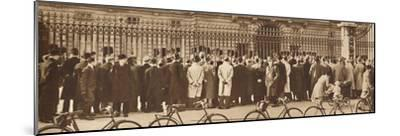 'Changing of the Guard, Buckingham Palace, December 4th', 1936 (1937)-Unknown-Mounted Photographic Print