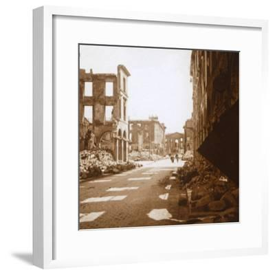 Place Royal, Reims, northern France, c1914-c1918-Unknown-Framed Photographic Print