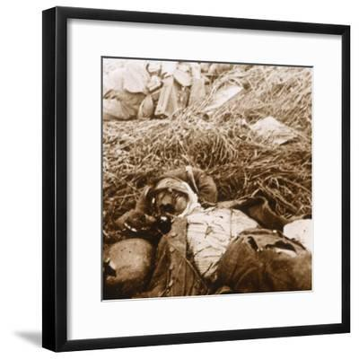 Bodies, Craonne, northern France, c1914-c1918-Unknown-Framed Photographic Print