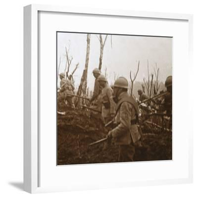 Soldiers advancing, c1914-c1918-Unknown-Framed Photographic Print