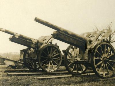 Heavy artillery, c1914-c1918-Unknown-Framed Photographic Print