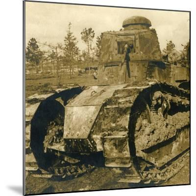 Renault tank, c1914-c1918-Unknown-Mounted Photographic Print