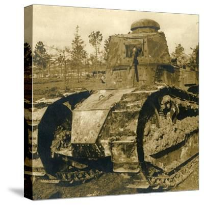 Renault tank, c1914-c1918-Unknown-Stretched Canvas Print