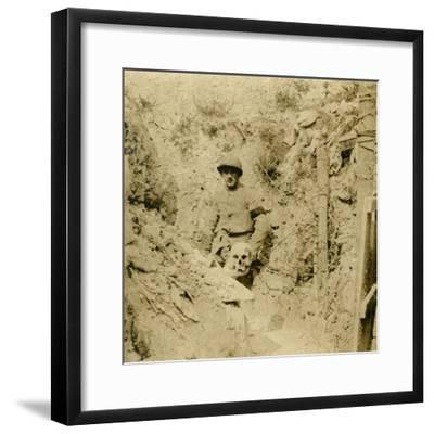 Skull found buried in the trenches, c1914-c1918-Unknown-Framed Photographic Print