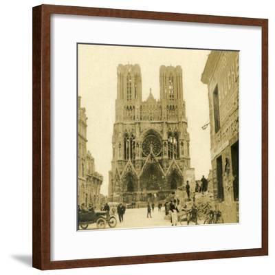 Reims Cathedral, Reims, northern France, c1914-c1918-Unknown-Framed Photographic Print