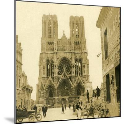 Reims Cathedral, Reims, northern France, c1914-c1918-Unknown-Mounted Photographic Print