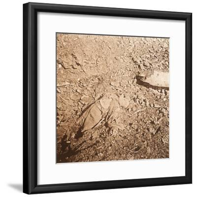 Body of dead soldier, Verdun, northern France, c1914-c1918-Unknown-Framed Photographic Print