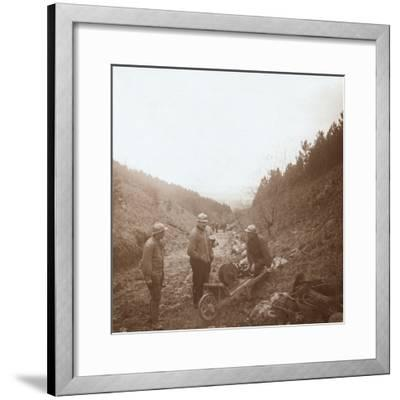 Telegraphists, Somme, northern France, c1914-c1918-Unknown-Framed Photographic Print