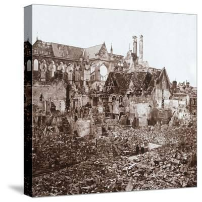 Soissons Cathedral, Soissons, northern France, c1914-c1918-Unknown-Stretched Canvas Print