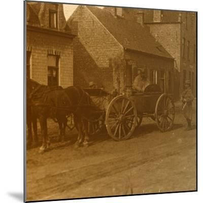 Horse-drawn kitchen, c1914-c1918-Unknown-Mounted Photographic Print
