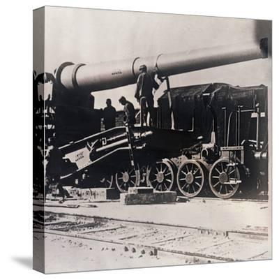 Heavy artillery on a train, c1914-c1918-Unknown-Stretched Canvas Print