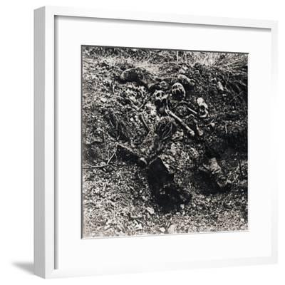 Human remains, c1914-c1918-Unknown-Framed Photographic Print