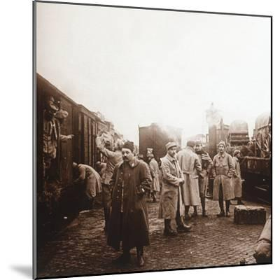 Soldiers going to the Somme, Epernay, northern France, c1914-c1918-Unknown-Mounted Photographic Print