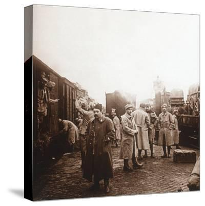 Soldiers going to the Somme, Epernay, northern France, c1914-c1918-Unknown-Stretched Canvas Print