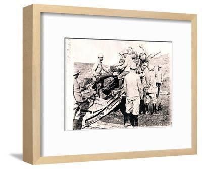 Loading shell into 155 mm gun, c1914-c1918-Unknown-Framed Photographic Print