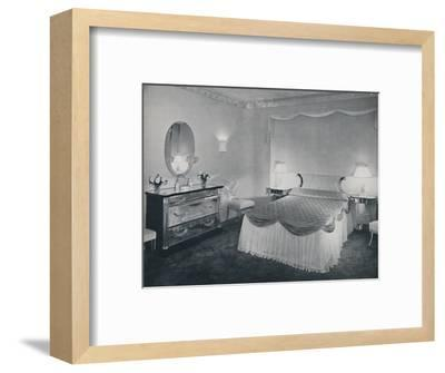 'The vibrant qualities of 'Plexiglas' are used to advantage in this bedroom', 1942-Unknown-Framed Photographic Print