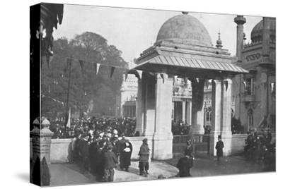 'Unveiling of the Indian Memorial Gateway by the Maharaja of Patiala, 26th October 1921', (1939)-Unknown-Stretched Canvas Print