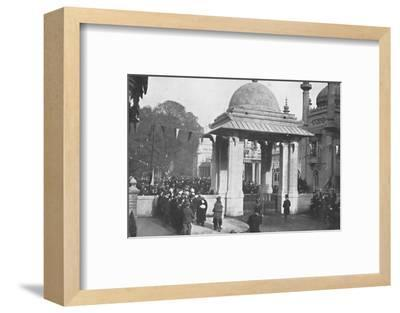 'Unveiling of the Indian Memorial Gateway by the Maharaja of Patiala, 26th October 1921', (1939)-Unknown-Framed Photographic Print