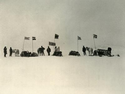 'The Start from the Ice-Edge South of Hut Point', c1908, (1909)-Unknown-Framed Photographic Print